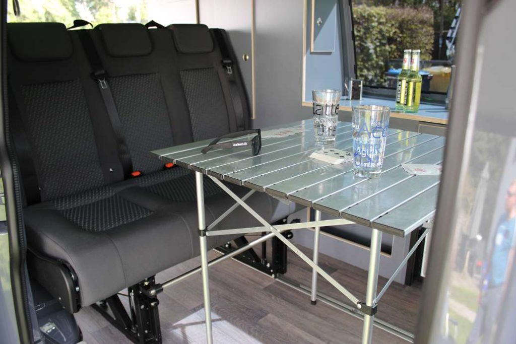 vw t6 business class camper vermietung hamburg. Black Bedroom Furniture Sets. Home Design Ideas